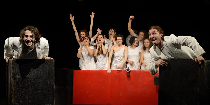 Cabaretul cuvintelor- M. Visniec- Anul II actorie FTT-UBB-Foto- Andrei Niculescu